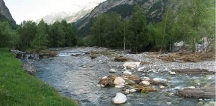 River Esera