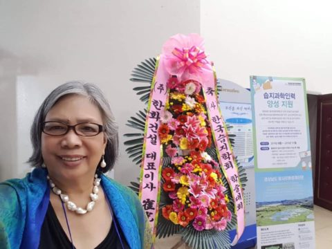 Dr. Cabanban in Korea at the award giving ceremony