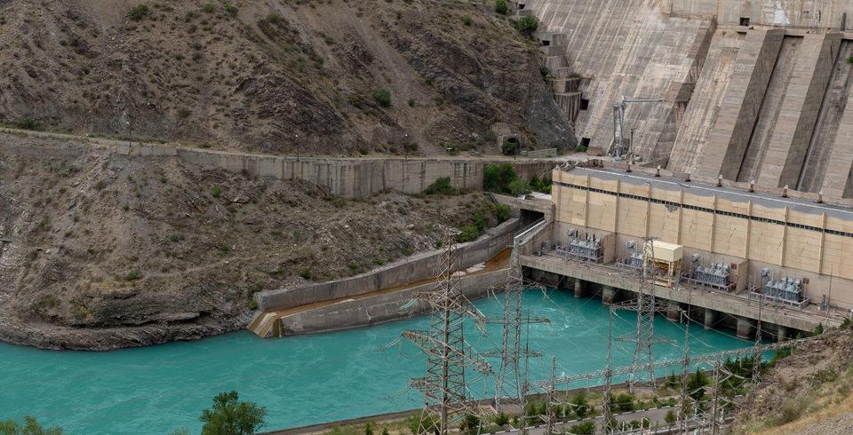Hydropower dam (Flickr)
